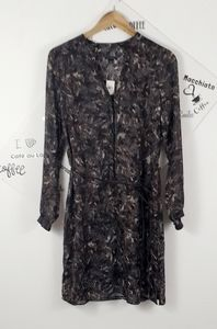 Ann Taylor brown feathers print size 10 NEW